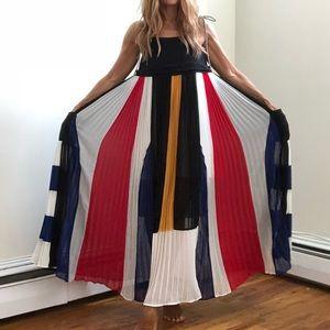 Dresses - Color-block accordion pleat maxi dress
